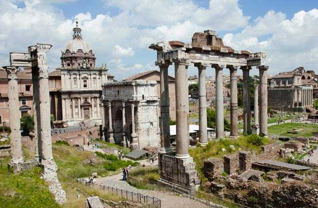 15 Awe-Inspiring Ruins From the World's Greatest Civilizations