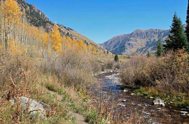 10 Most Beautiful Hikes in the US