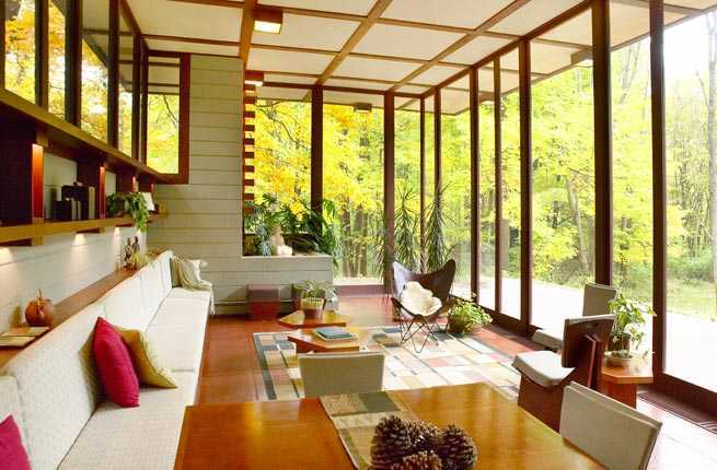 8 Frank Lloyd Wright-Designed Homes You Can Sleep In – Fodors Travel ...