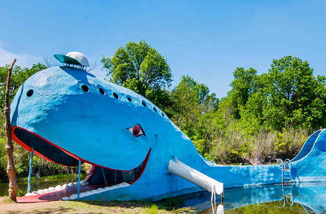 12-13-Weird-Wacky-Attractions-Route-66-Blue-Whale-of-Catoosa.jpg