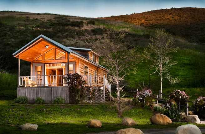 9 Luxurious Log Cabins Across the U.S. – Fodors Travel Guide on rock churches, rock lake homes, rock lake cabins, rock and log house,