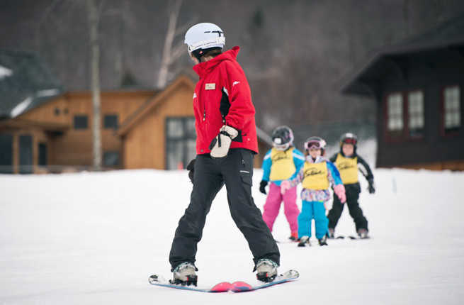 Best US Ski Resorts For Families Fodors Travel Guide - The top 10 destinations for your snowboarding vacation