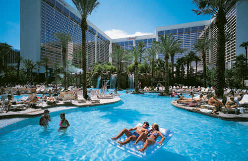 The 7 hottest las vegas pool scenes fodors travel guide for Best swimming pools in las vegas hotels