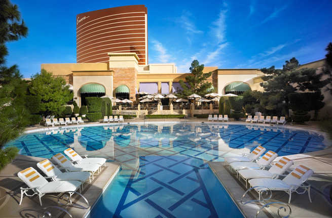 Top 10 vegas hotel pools fodors travel guide The best swimming pools in las vegas