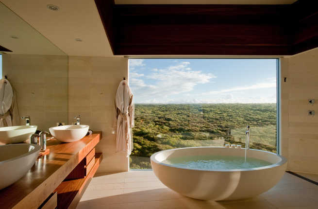 18 Most Incredible Hotel Bathrooms Around the World – Fodors Travel ...