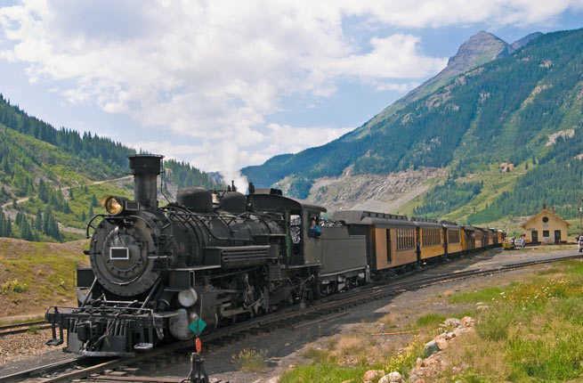 World's 15 Most Scenic Train Rides