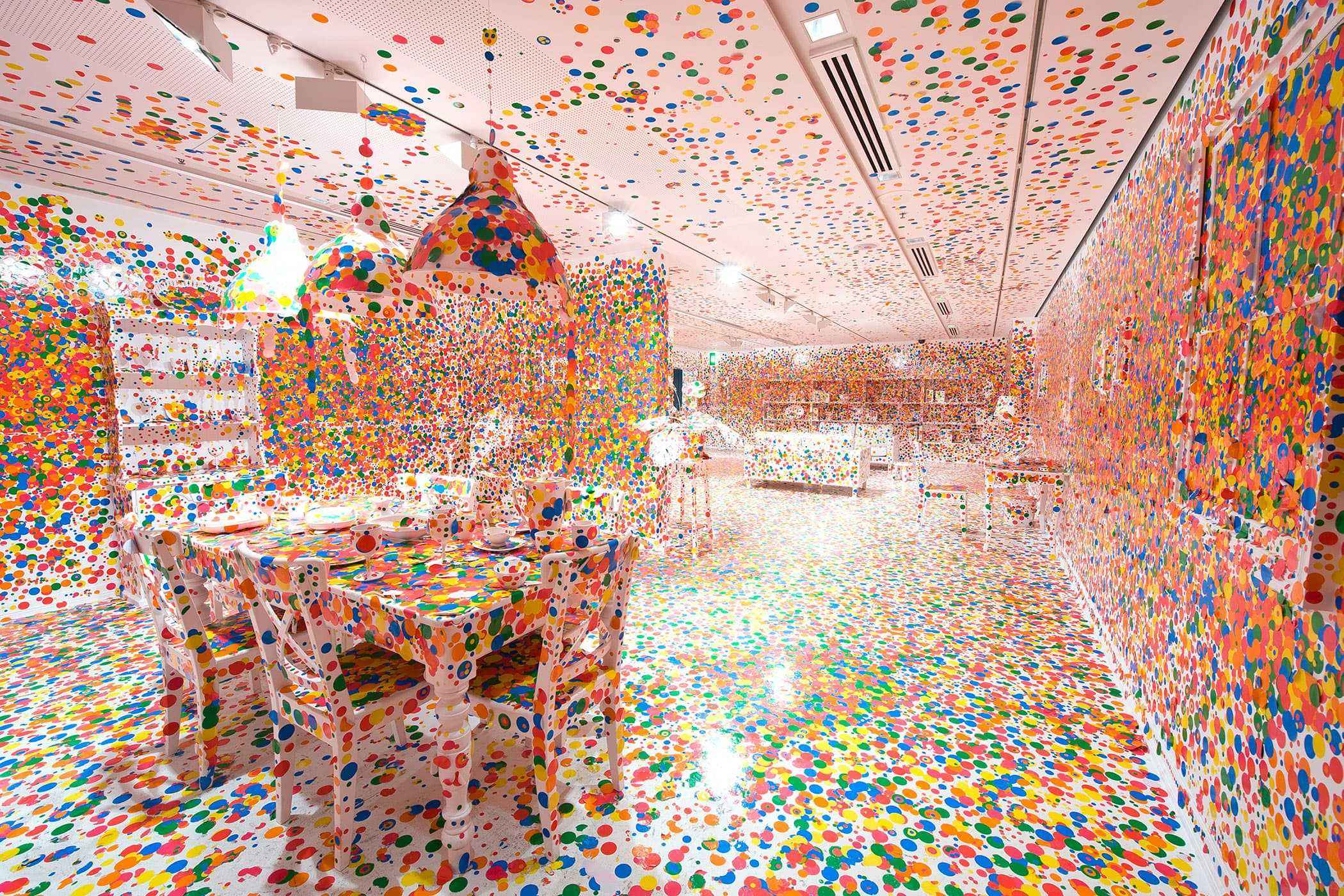 Yayoi-Kusama-Art-The-Obliteration-Room-2002-to-present-1