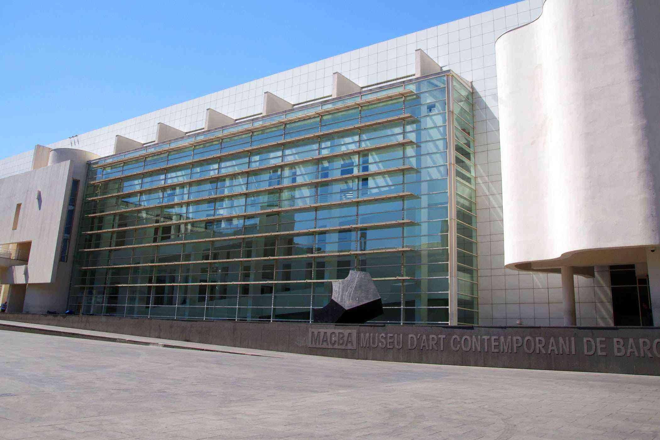 20 Museu d Art Contemporani de Barcelona