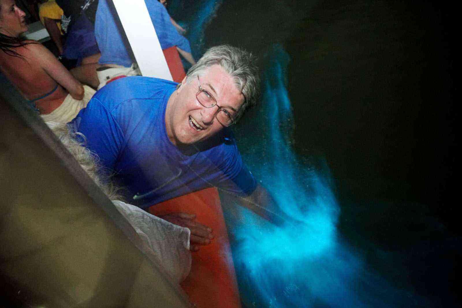 Bioluminescent-Wonders-Glistening-Waters-Jamaica