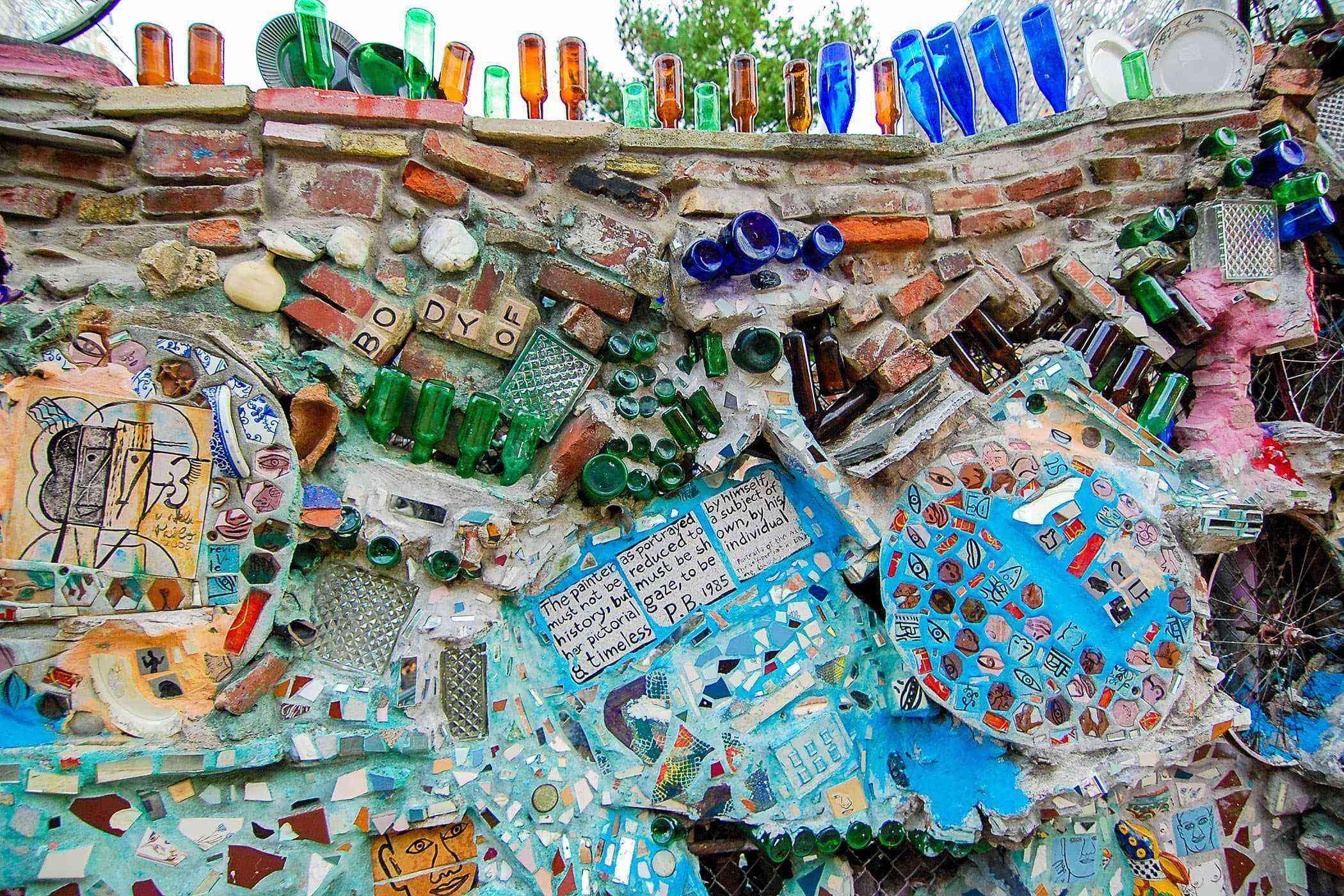 Garbage-Art-Philadelphia-Magic-Gardens-2