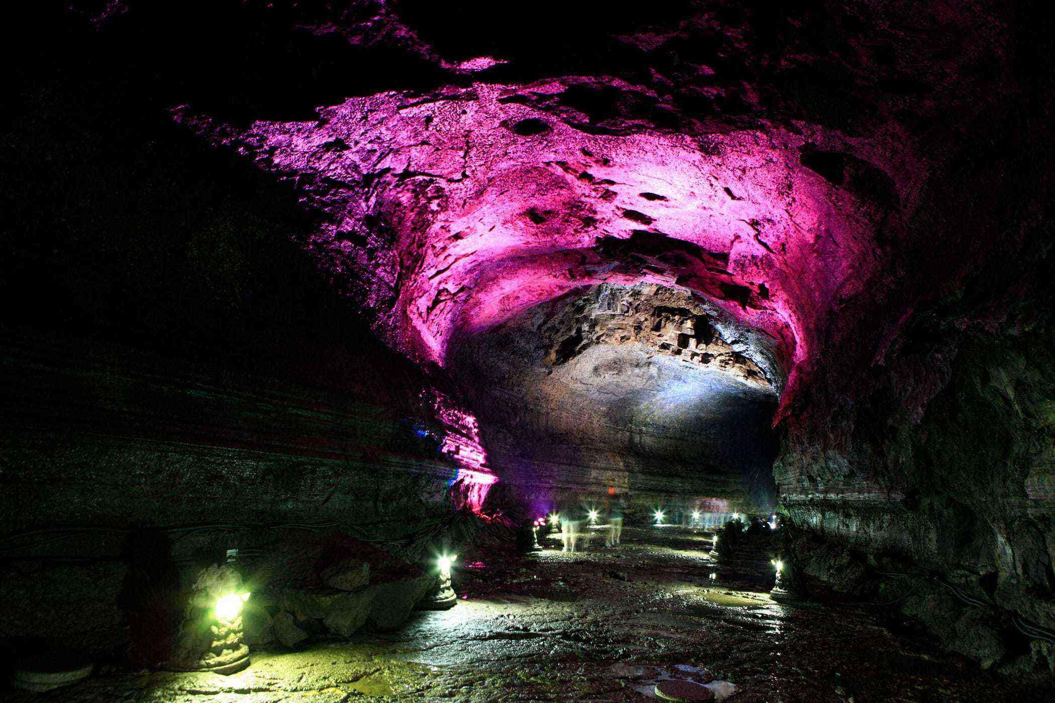 Jeju-Island-Manjanggul-Cave