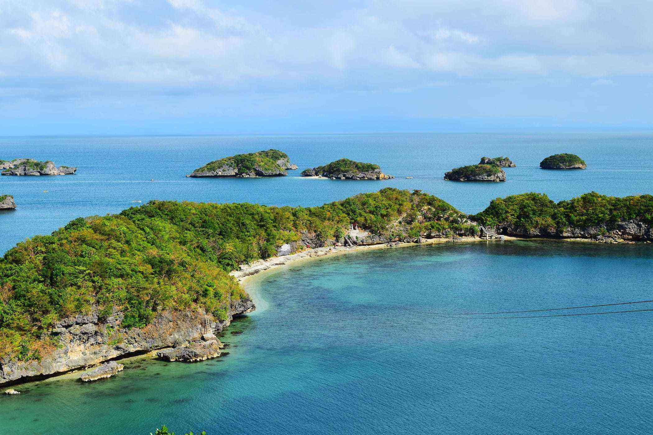 Natural-Philippines-Hundred-Islands