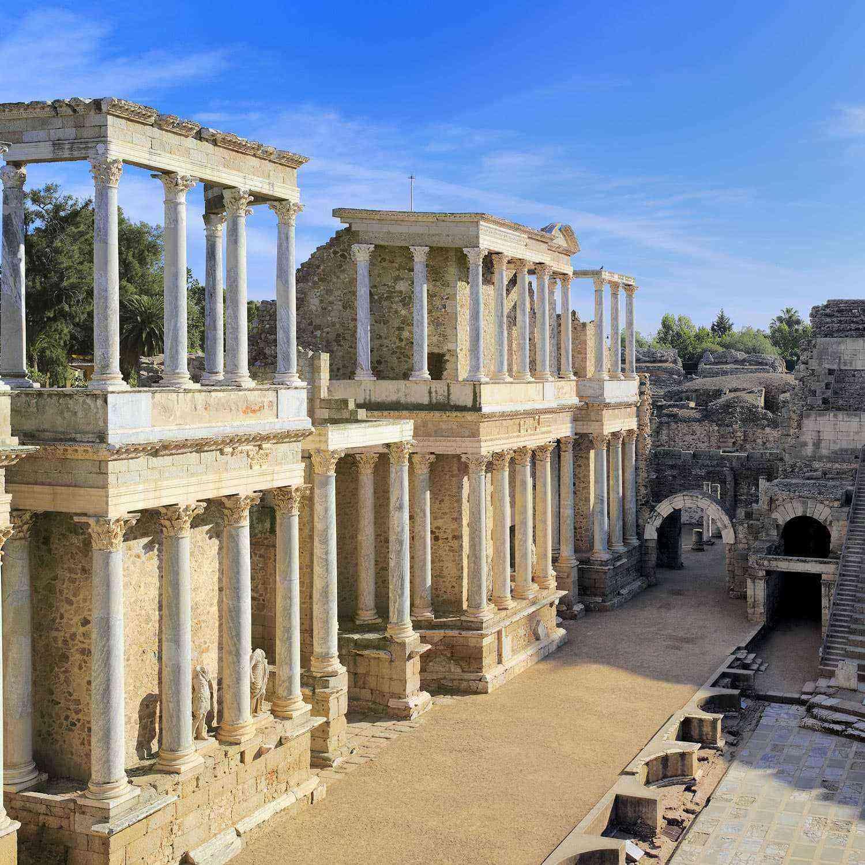 Roman-Ruins-Emerita-Augusta-2