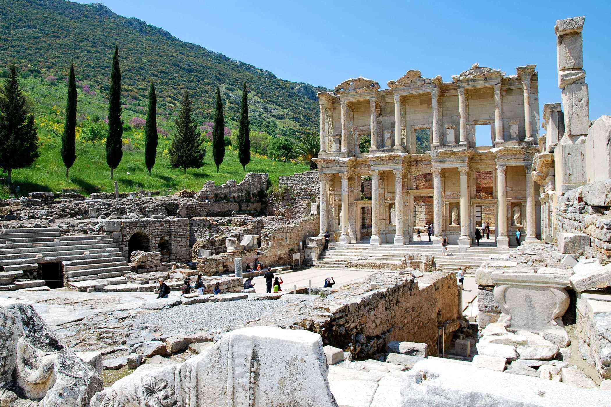 Roman-Ruins-Ephesus