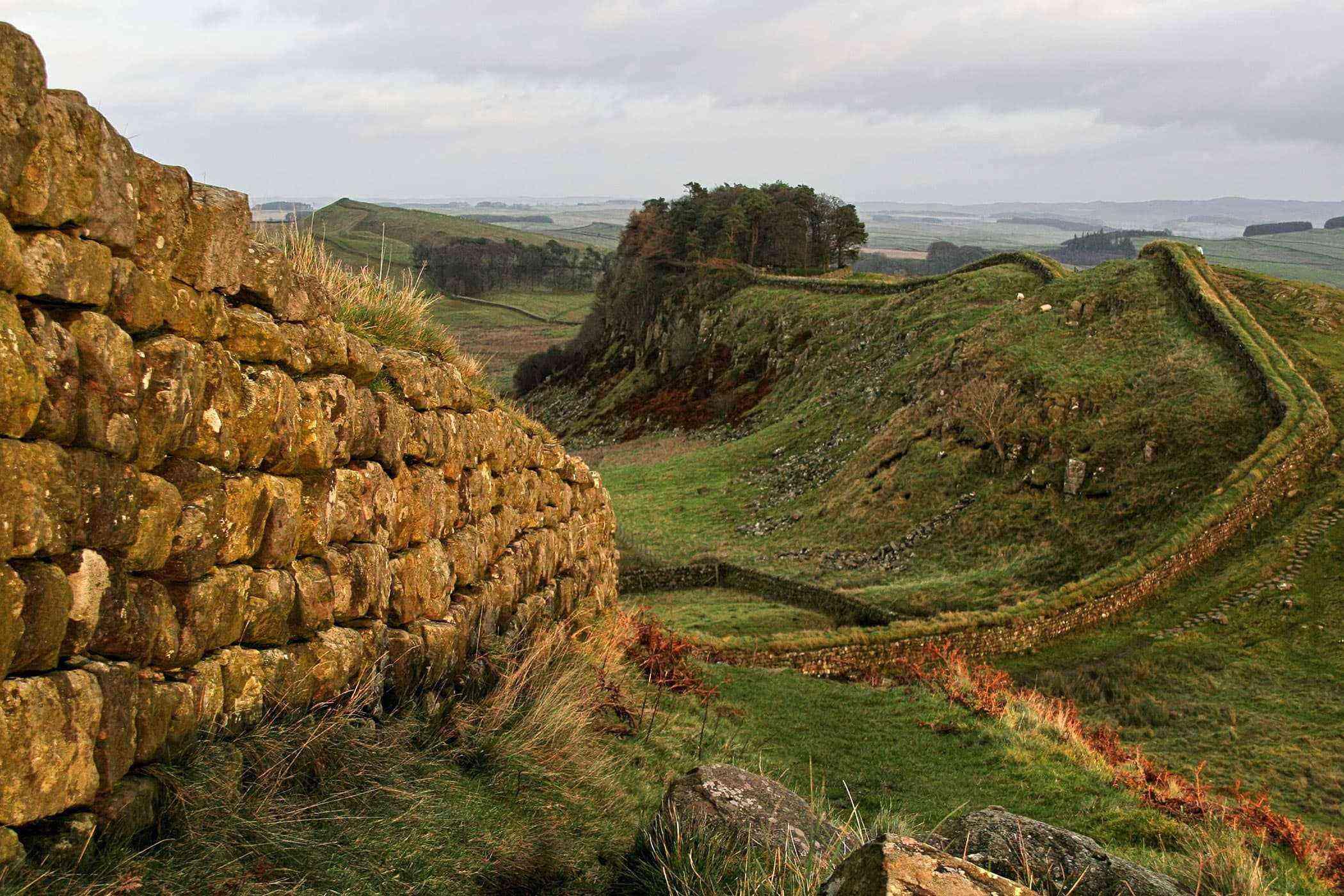 Roman-Ruins-Hadrians-Wall