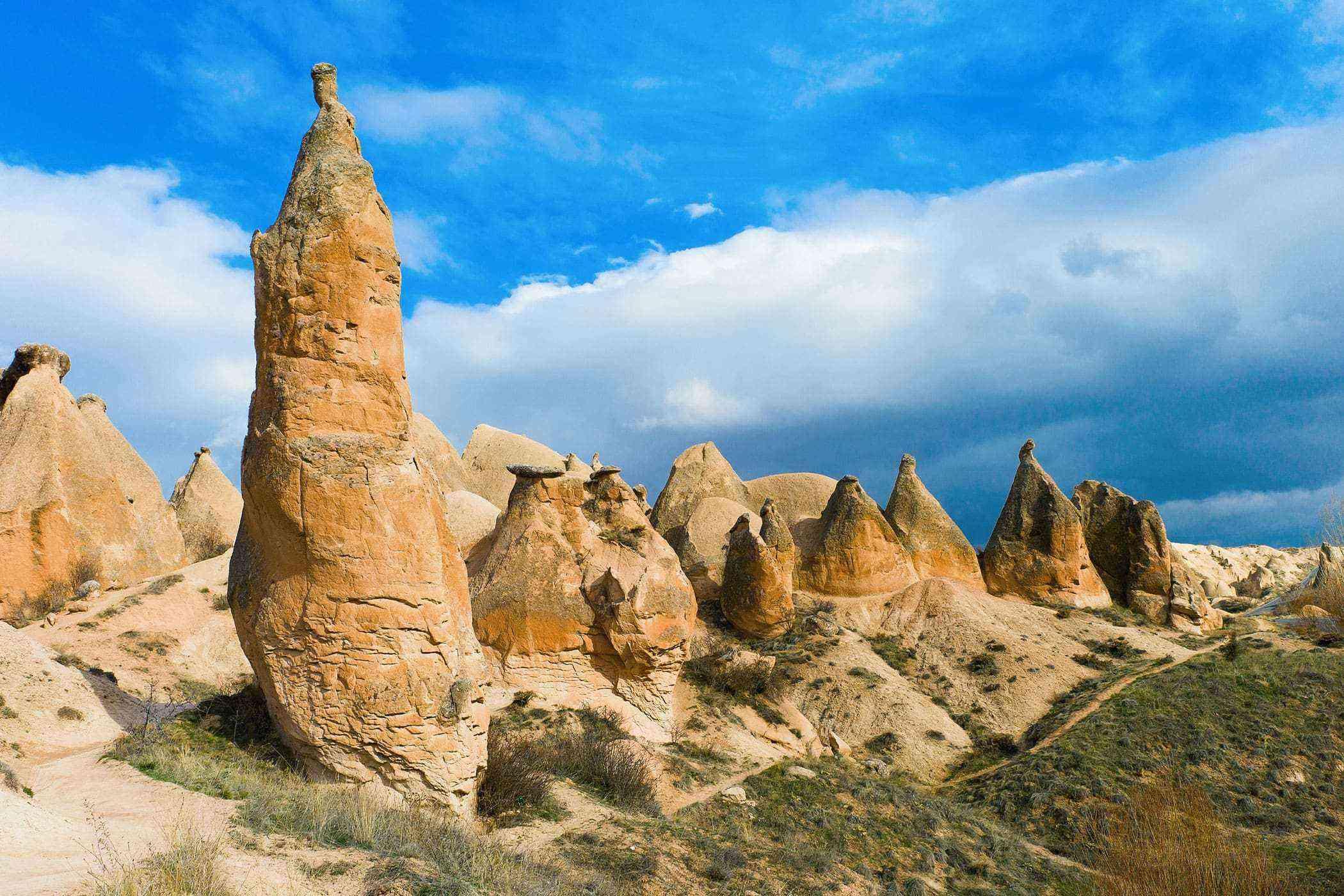 Surreal-Landscapes-Cappadocia-2-1