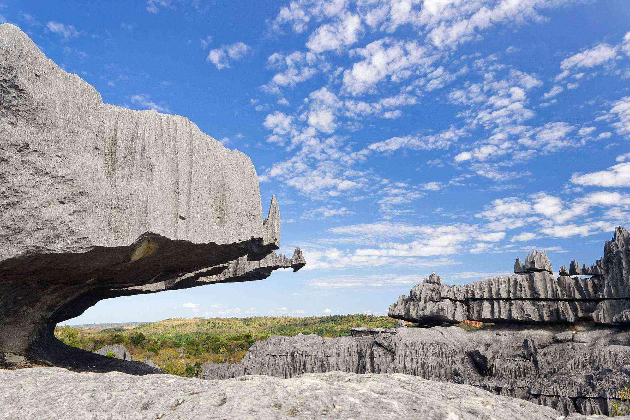Surreal-Landscapes-Tsingy-de-Bemaraha-2-1