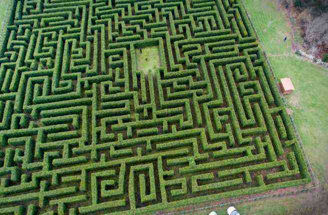 get lost in spain s largest hedge maze fodors travel guide