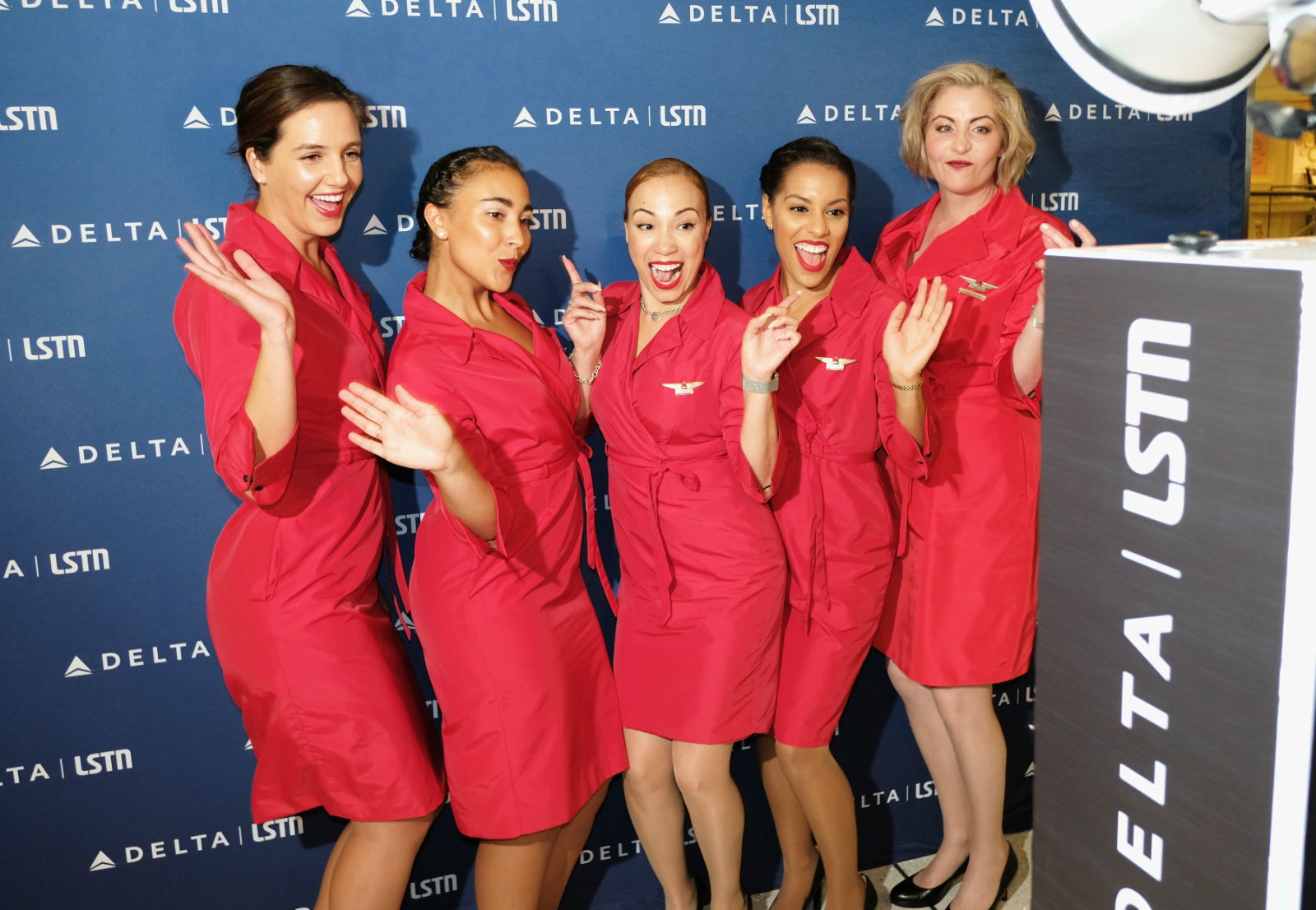 Delta Hosted A Rave On An Airplane And Things Got Weird
