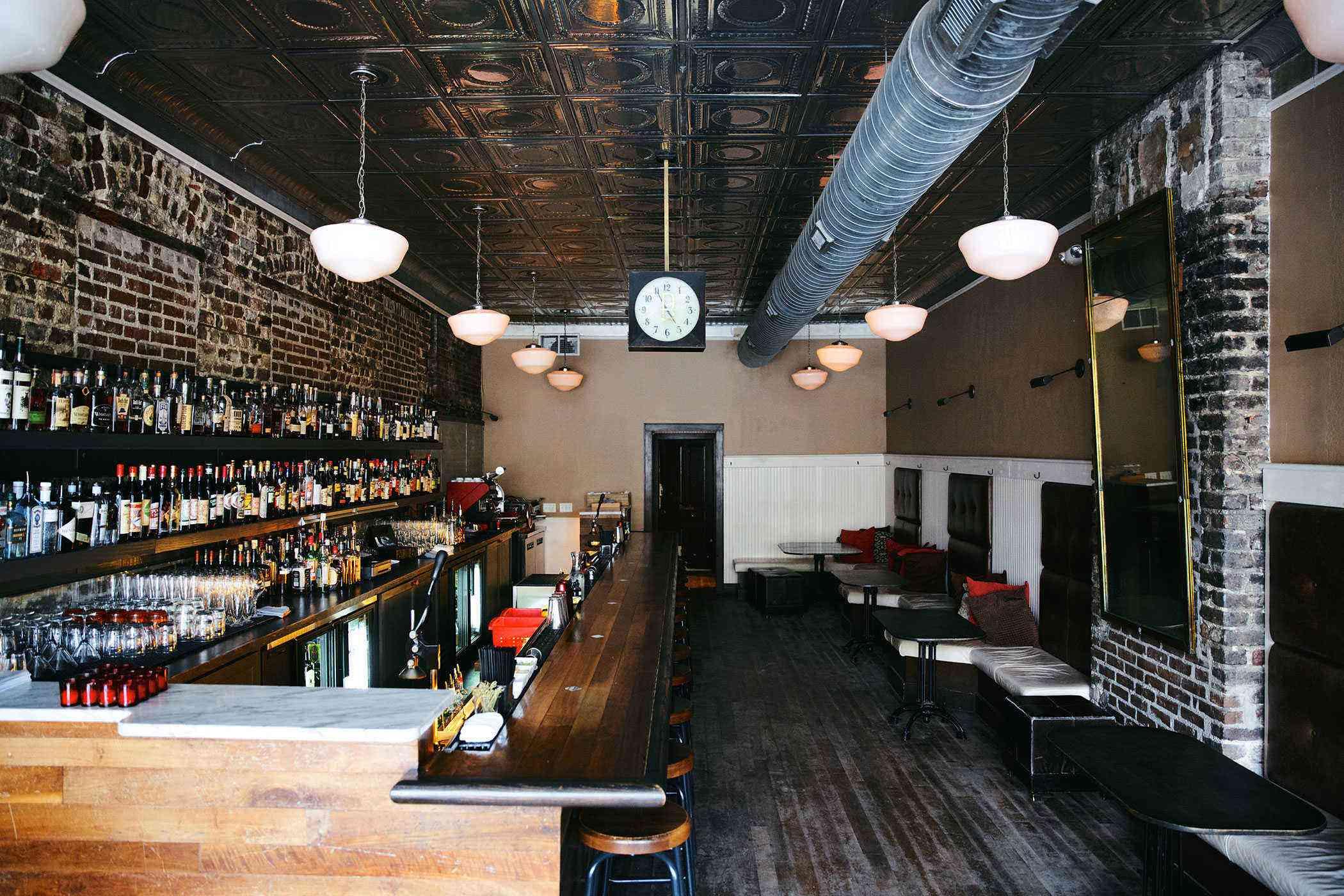 Charleston-Cocktail-Bars-The-Belmont-2