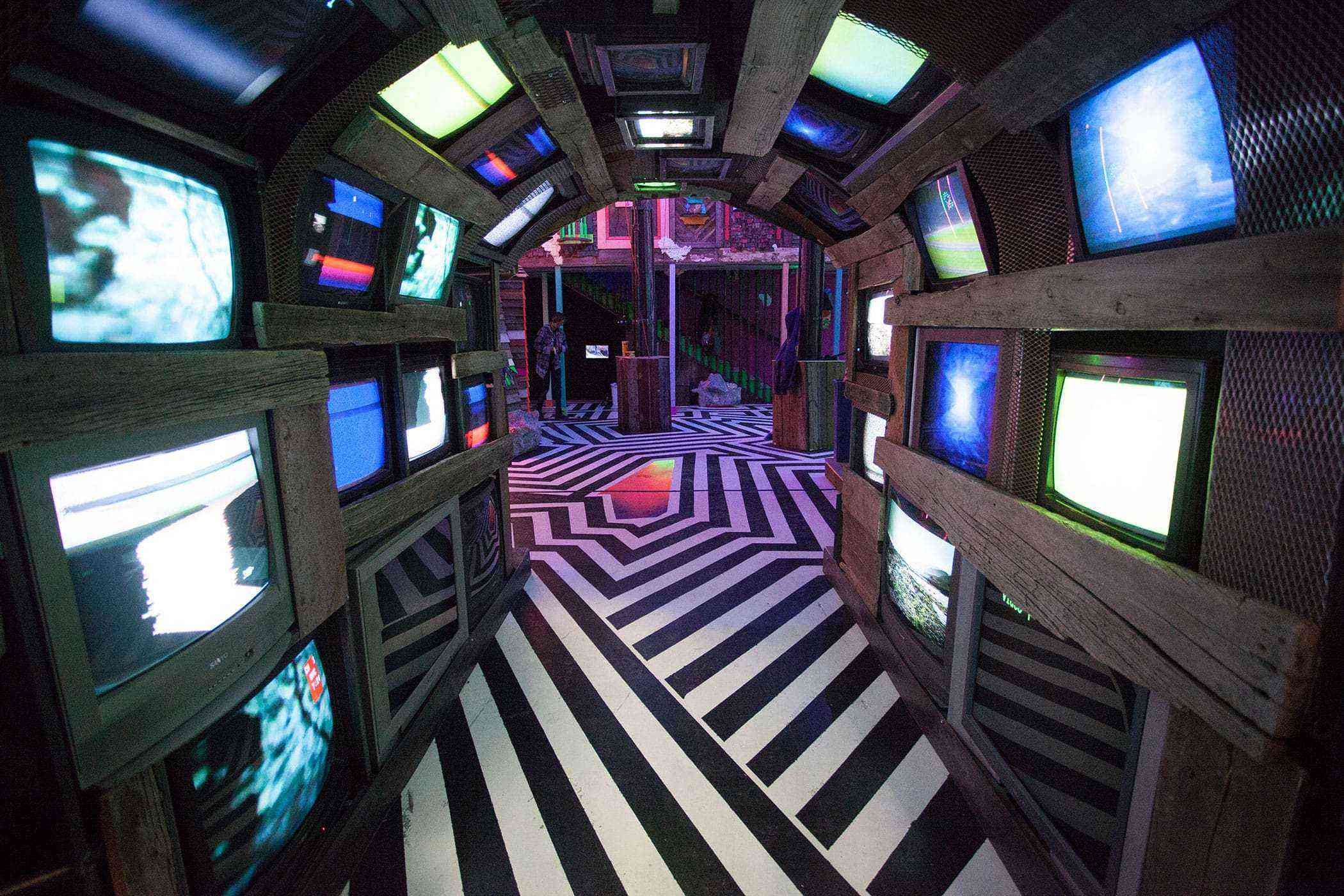 Quirky-Southwest-Museums-Meow-Wolf-4