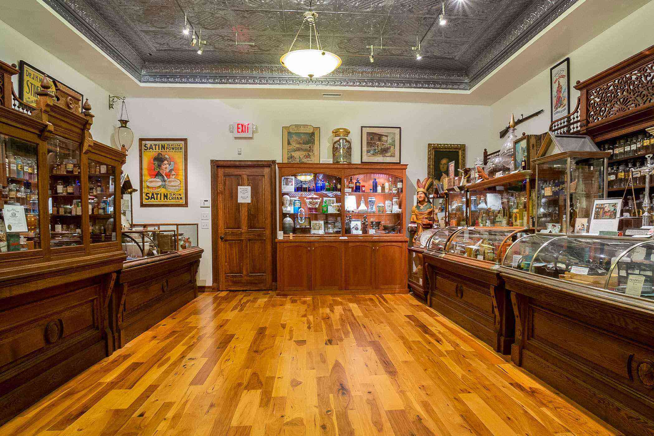Quirky-Southwest-Museums-Ouray-Alchemist-3