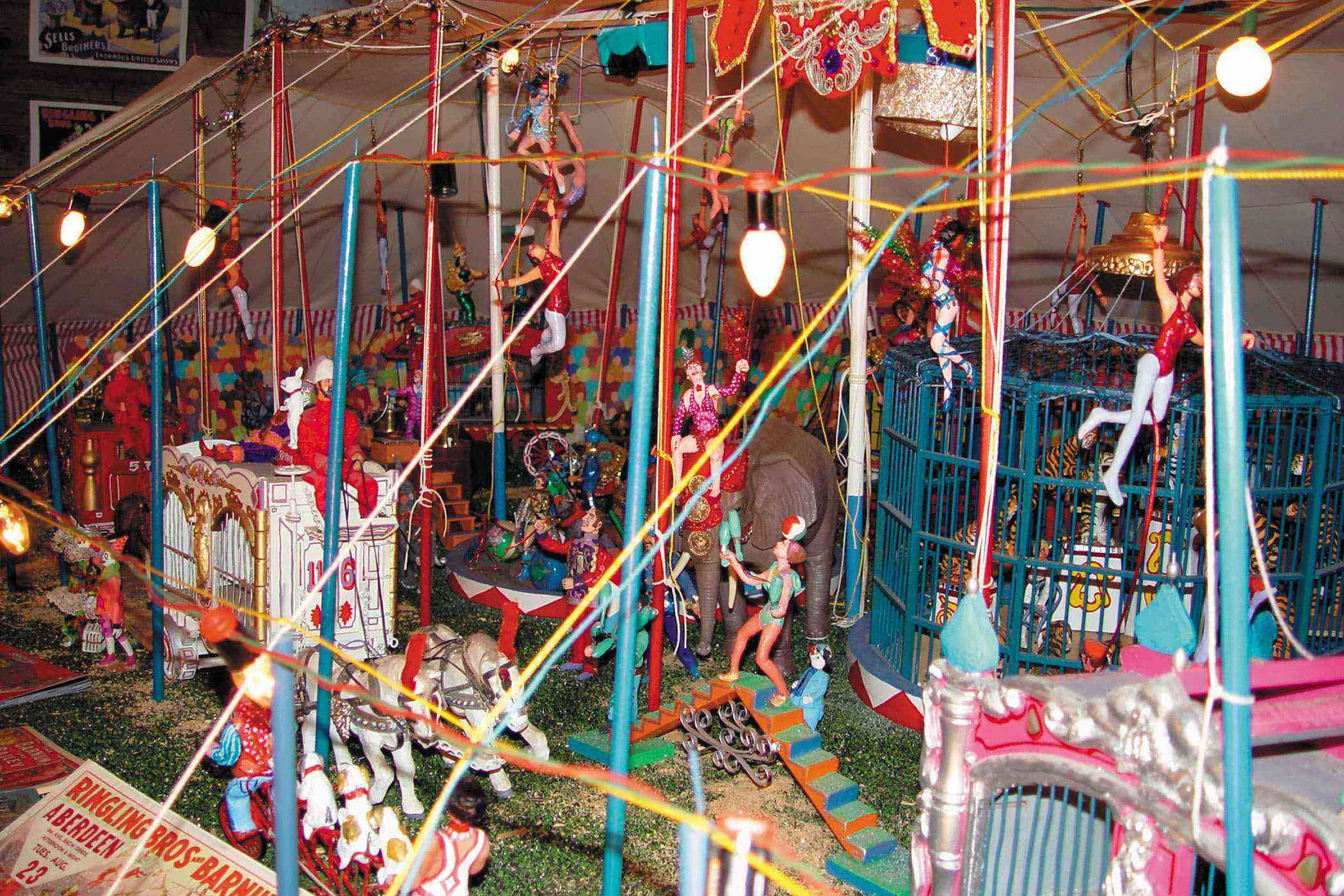 Quirky-Southwest-Museums-Tinkertown-Museum-1