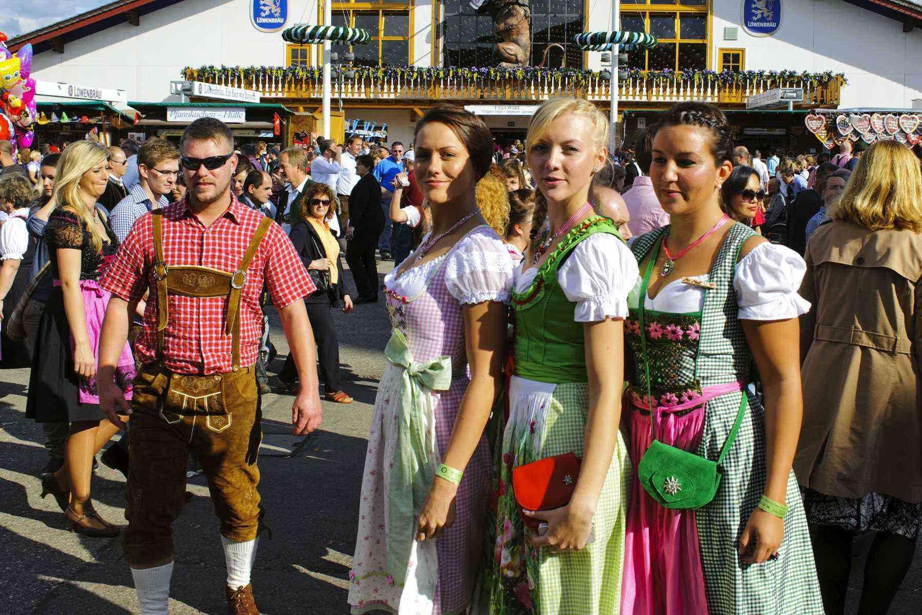 Surviving-Oktoberfest-Costumes-21