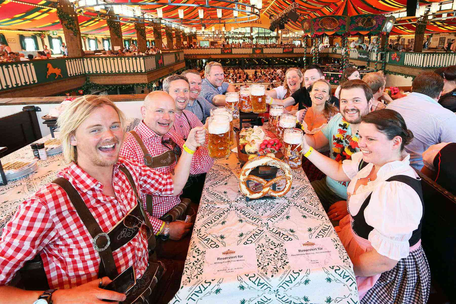 Surviving-Oktoberfest-Sharing-Tables1