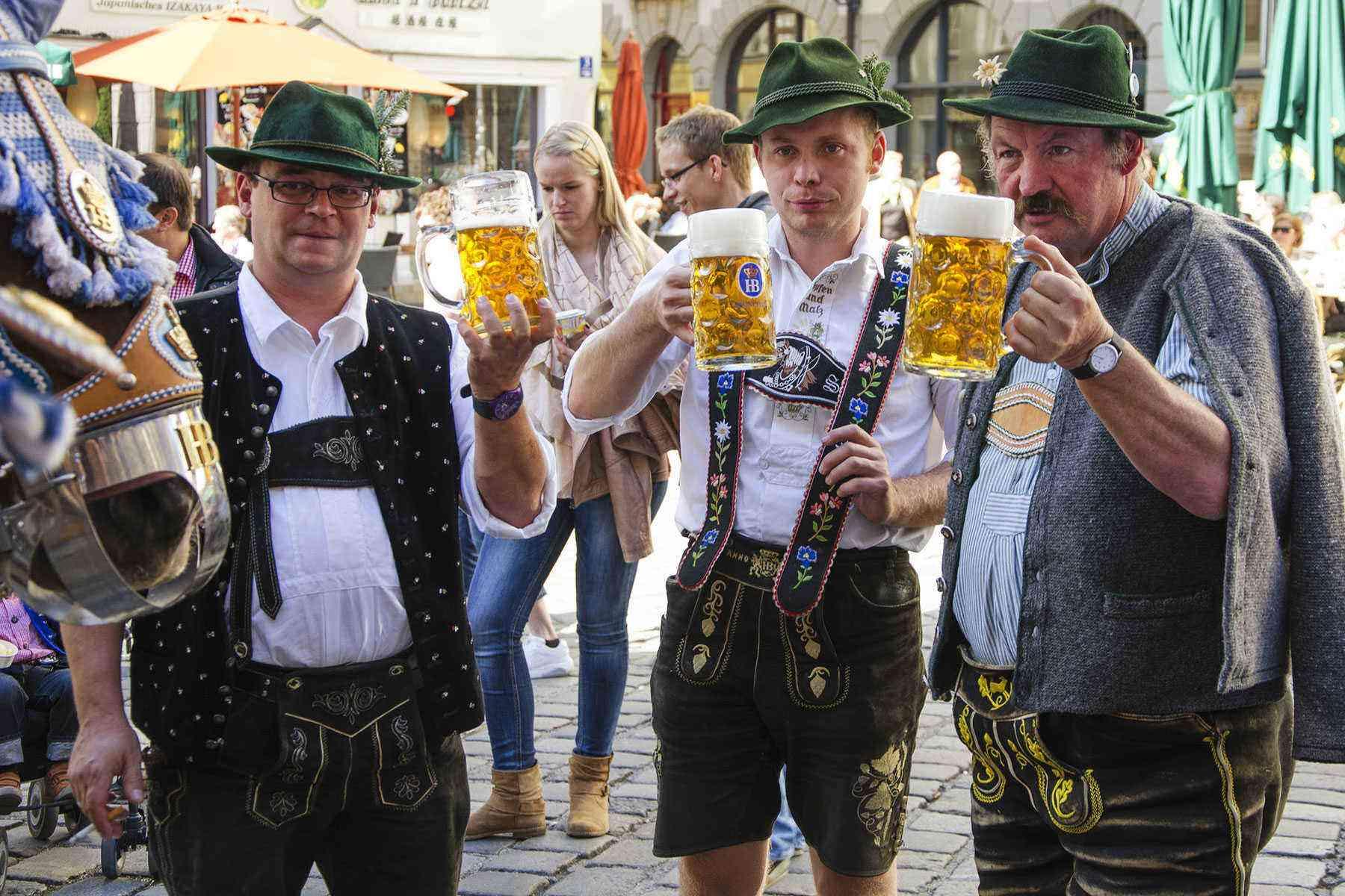 10 Tips For Surviving Oktoberfest Fodors Travel Guide