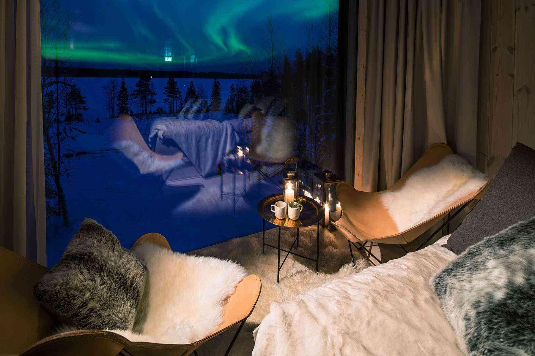 Unusual-Treehouses-Arctic-Treehouse-Hotel-2