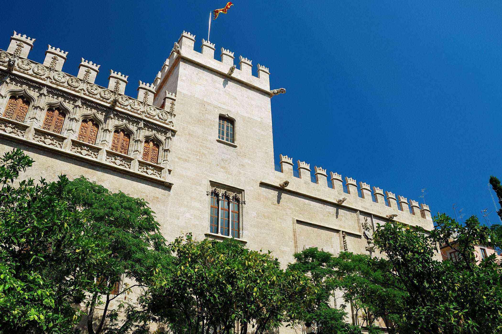 Valencia-Buildings-Lonja-de-Seda-1