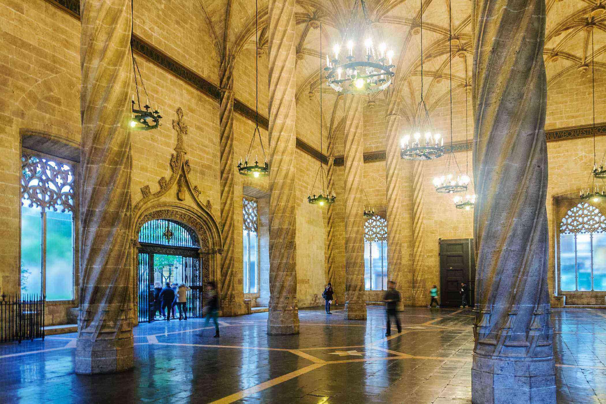 Valencia-Buildings-Lonja-de-Seda-2
