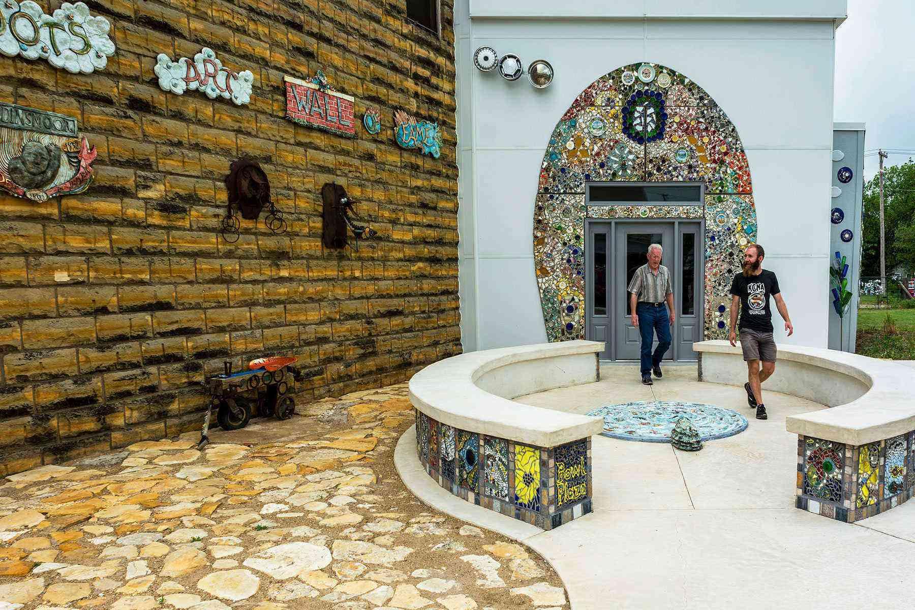 Amazing-Bathrooms-Bowl-Plaza