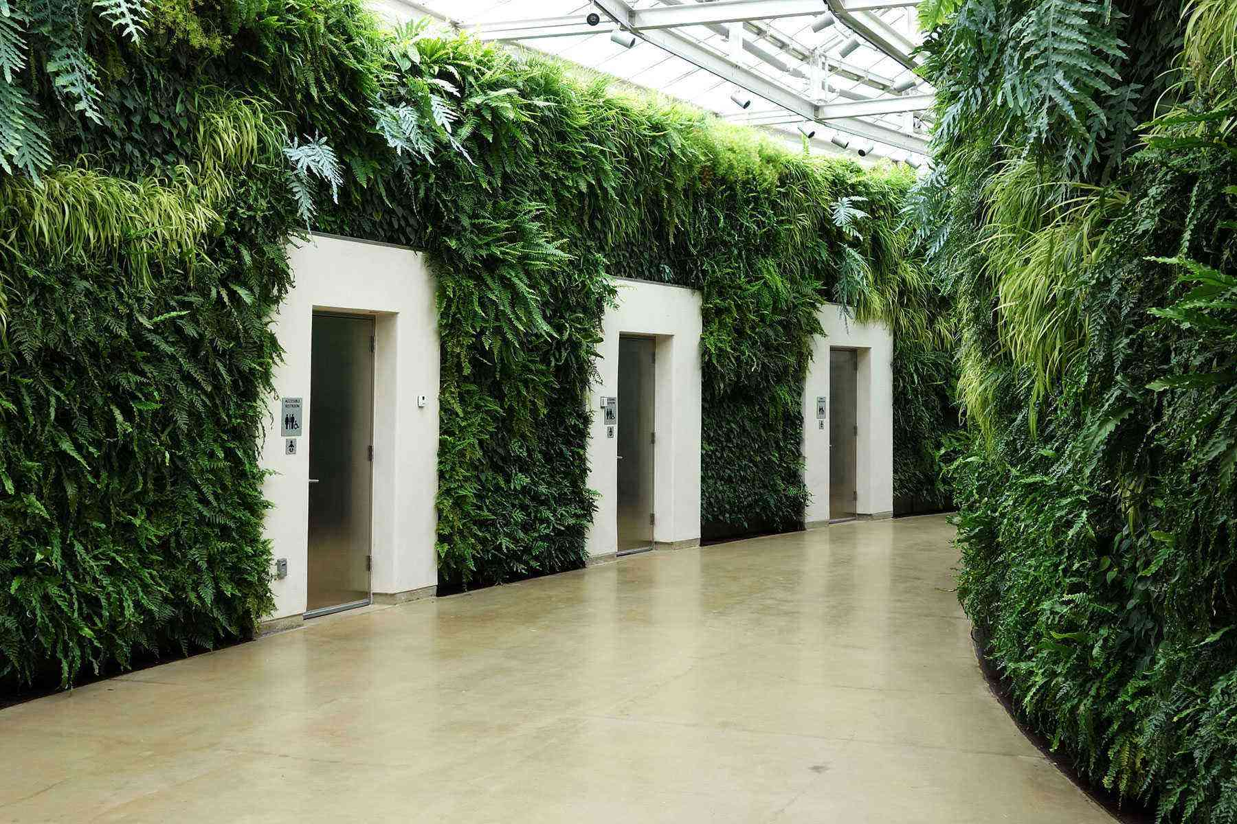 Amazing-Bathrooms-Longwood-Gardens
