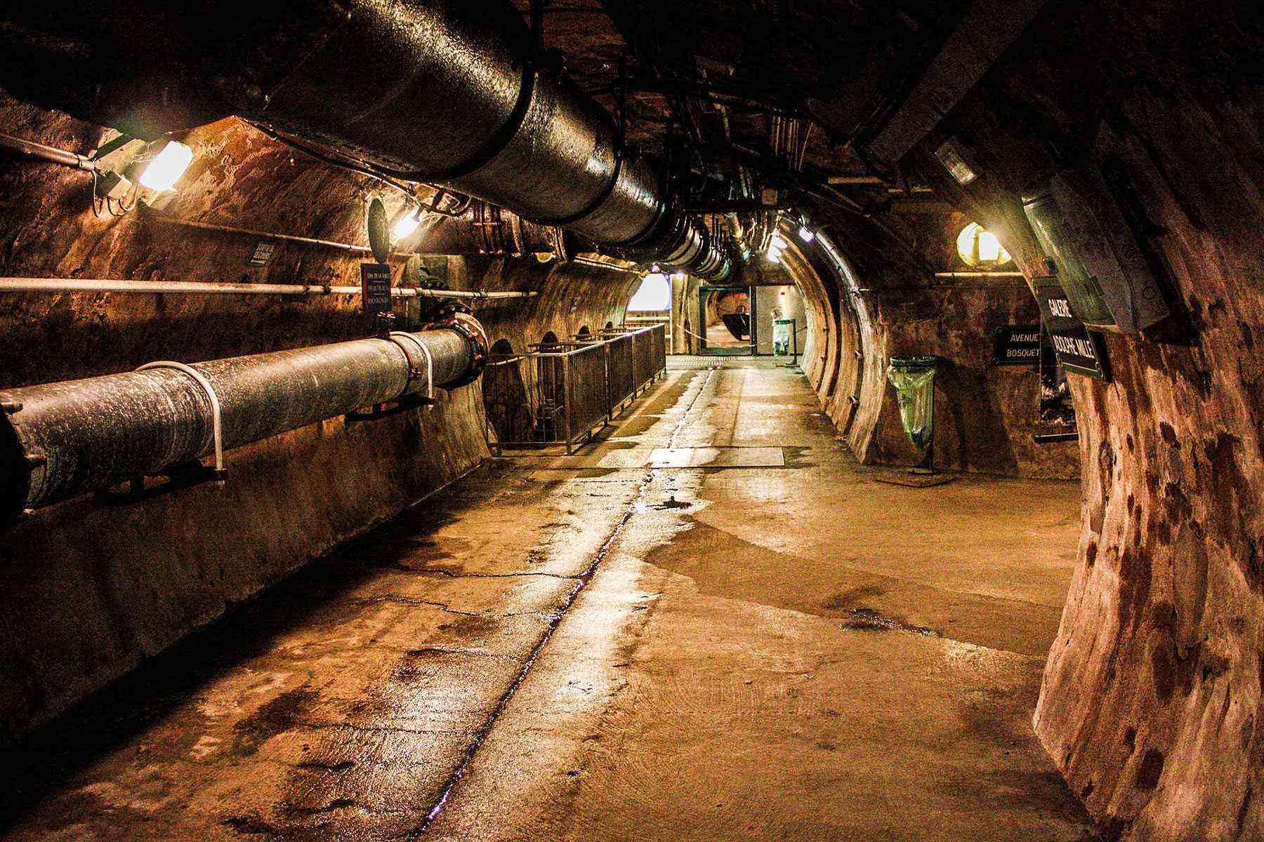Cool-City-Tours-Paris-Sewers-1