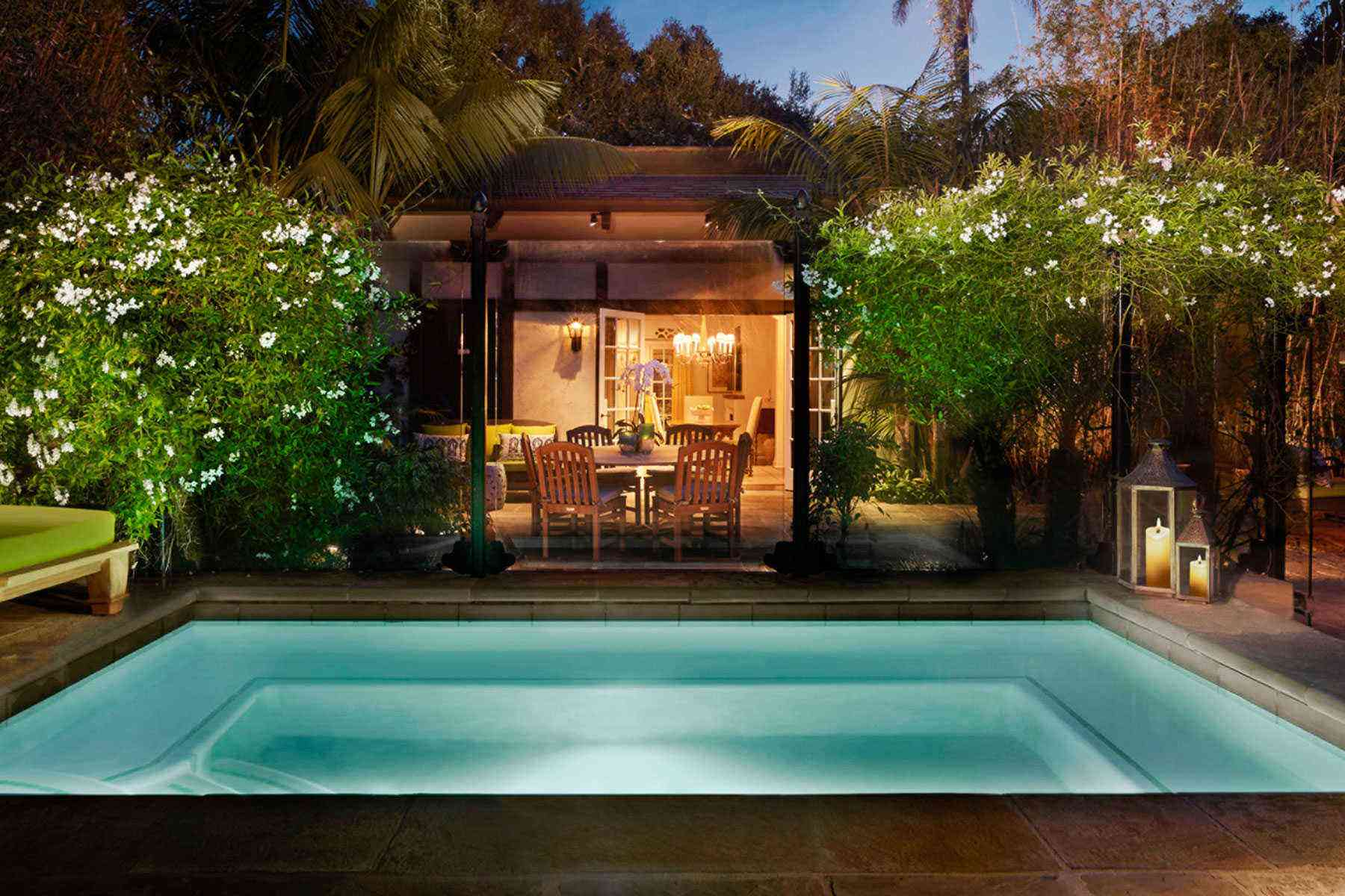 The 23 most beautiful hotel plunge pools around the world for Beautiful hotels around the world