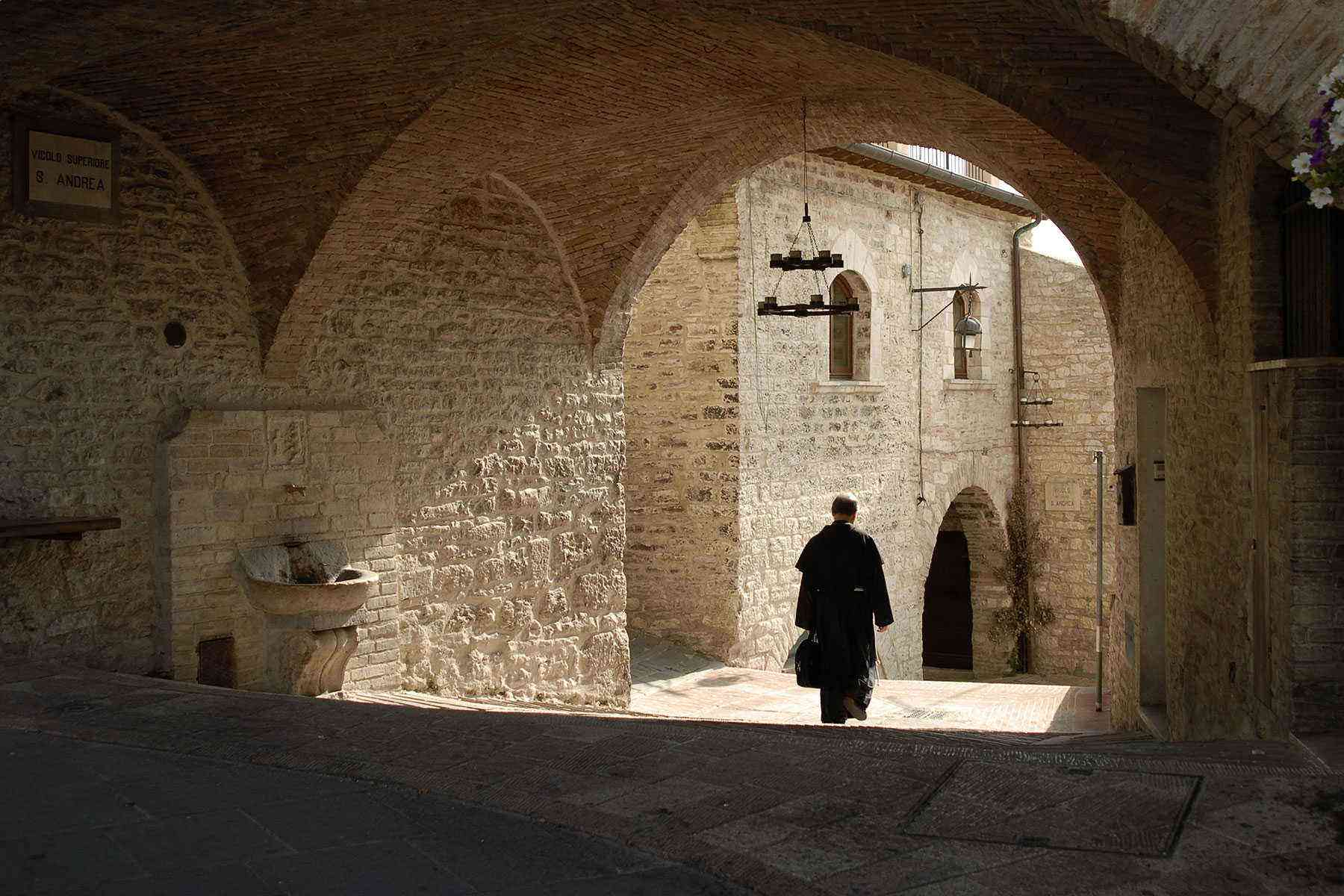 Medieval-Italian-Towns-Assisi-2
