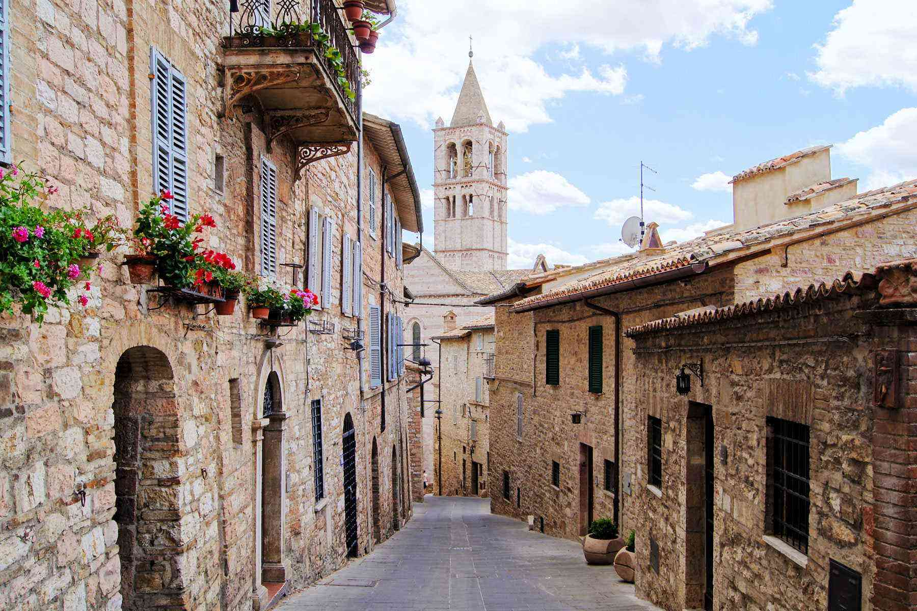 Medieval-Italian-Towns-Assisi-3