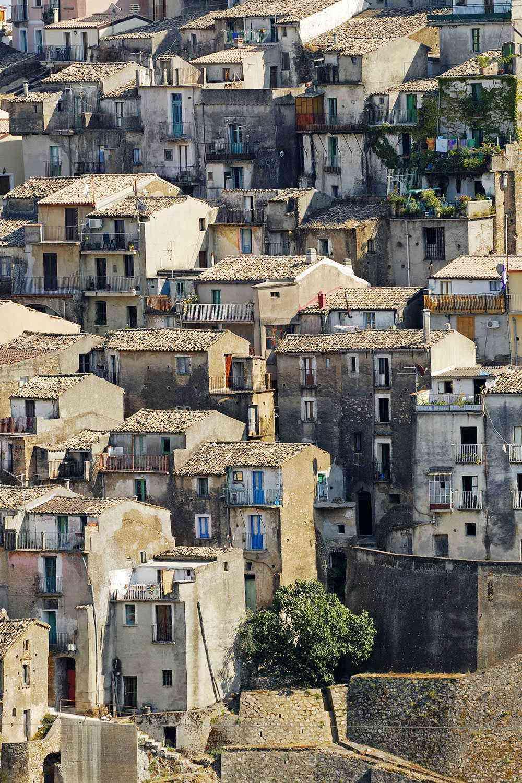 Medieval-Italian-Towns-Badolato-2