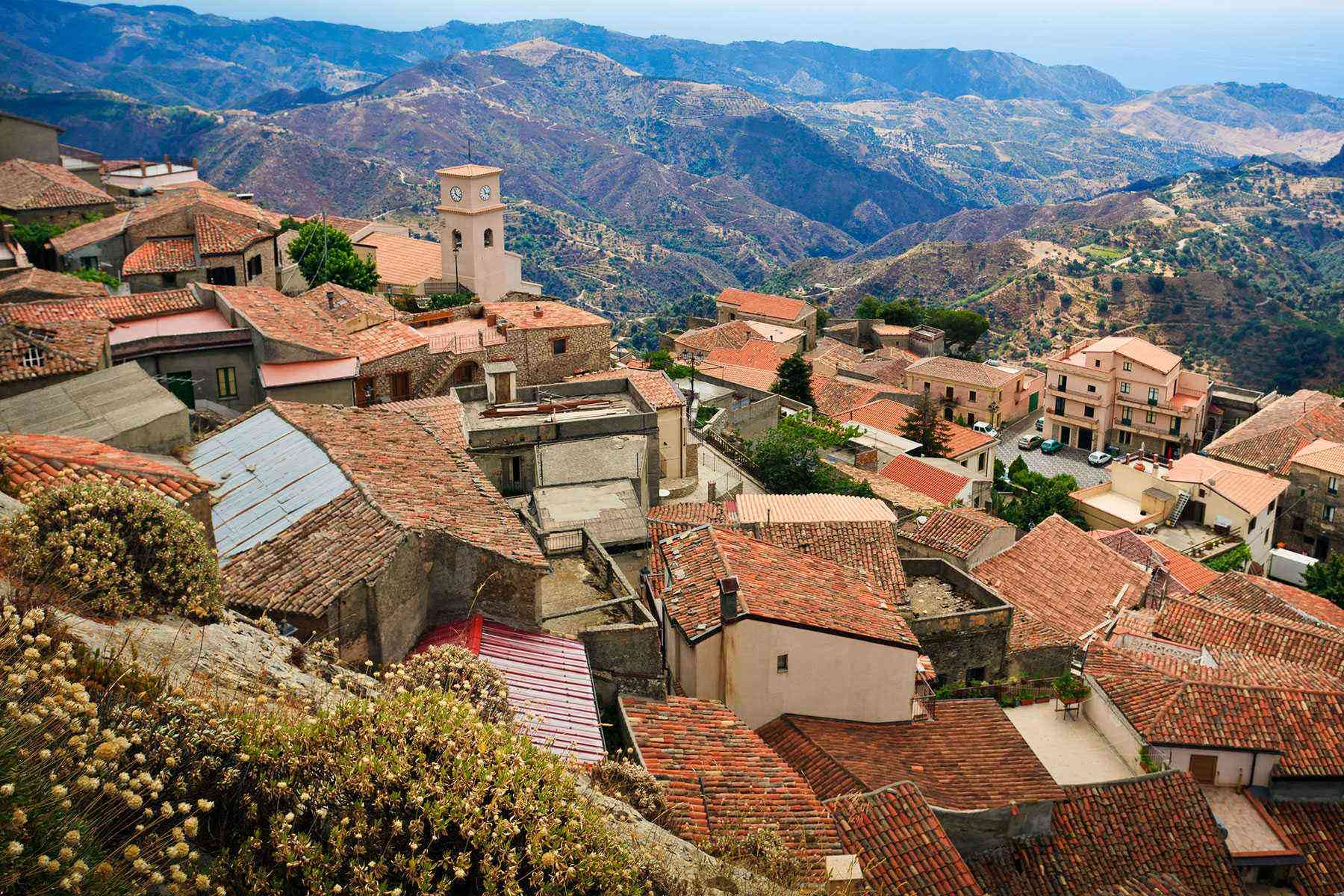 Medieval-Italian-Towns-Bova-1