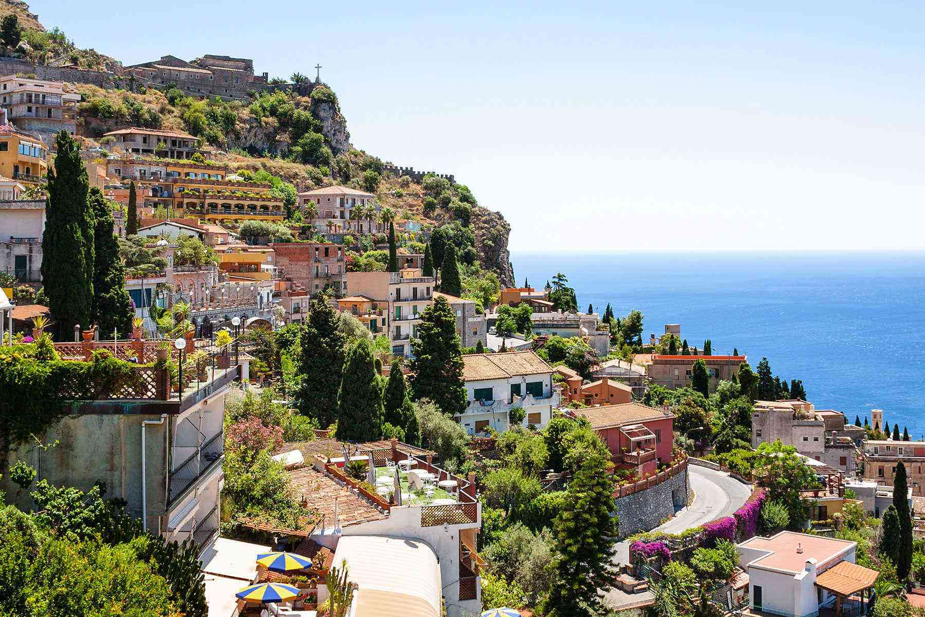 Medieval-Italian-Towns-Castelmola-2