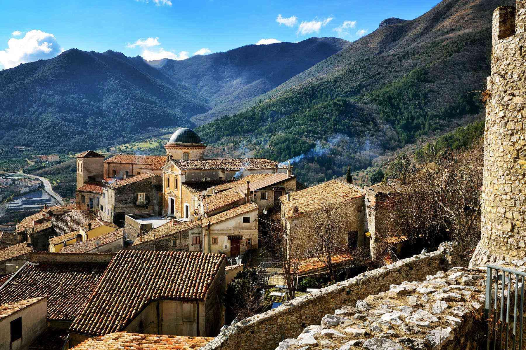 Medieval-Italian-Towns-Morano-Calabro-1