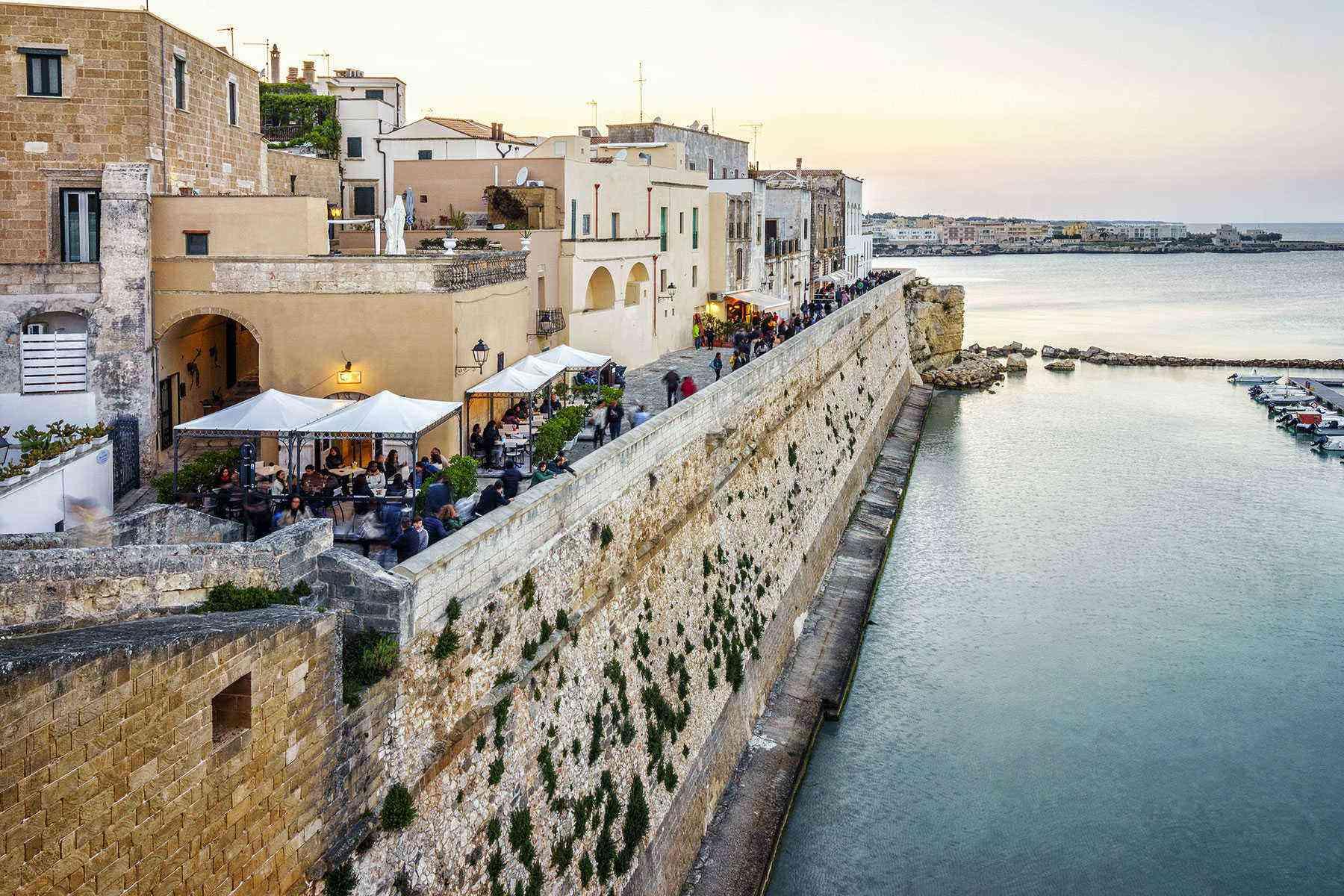 Medieval-Italian-Towns-Otranto-1