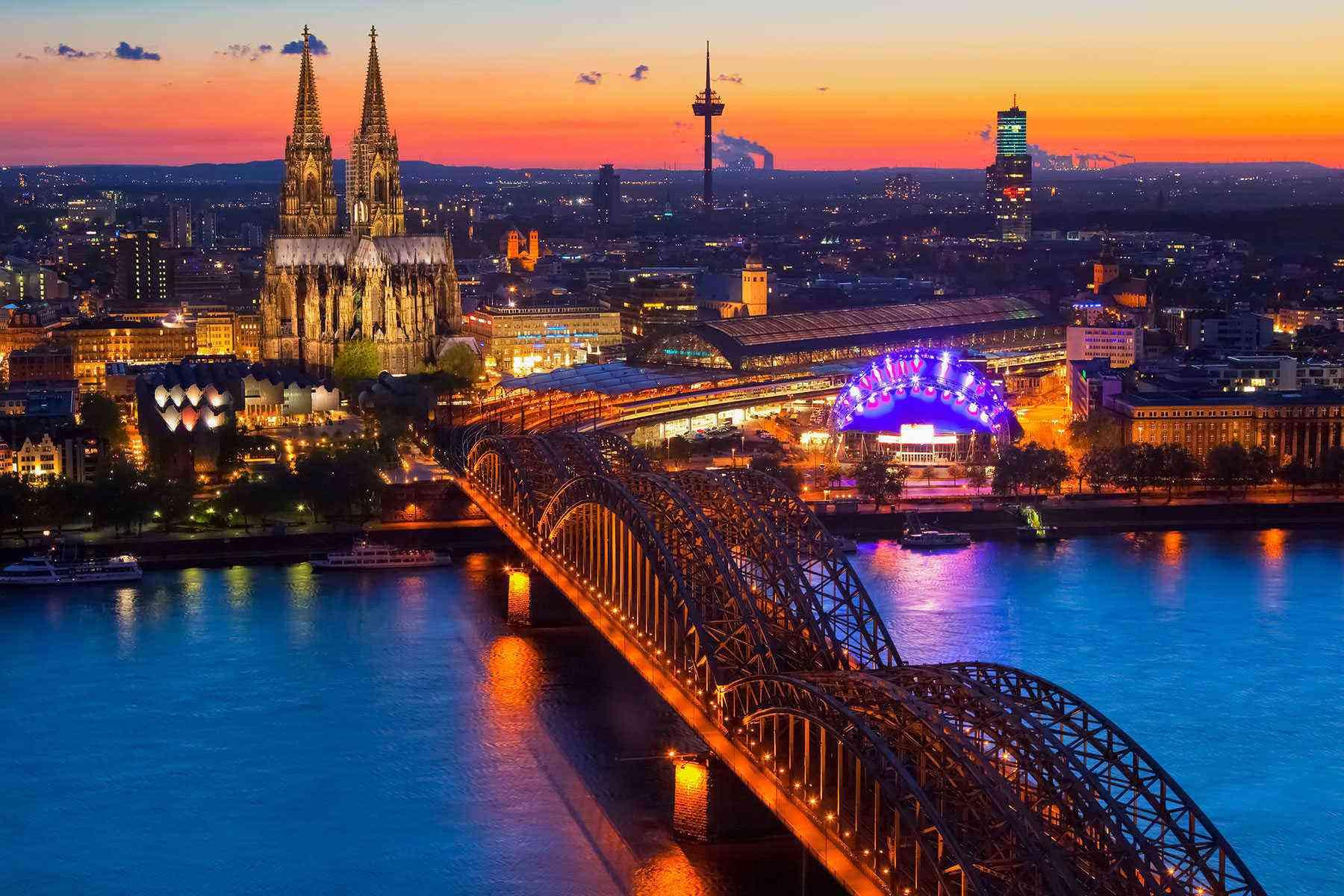 Rhine-River-Cruise-Cologne