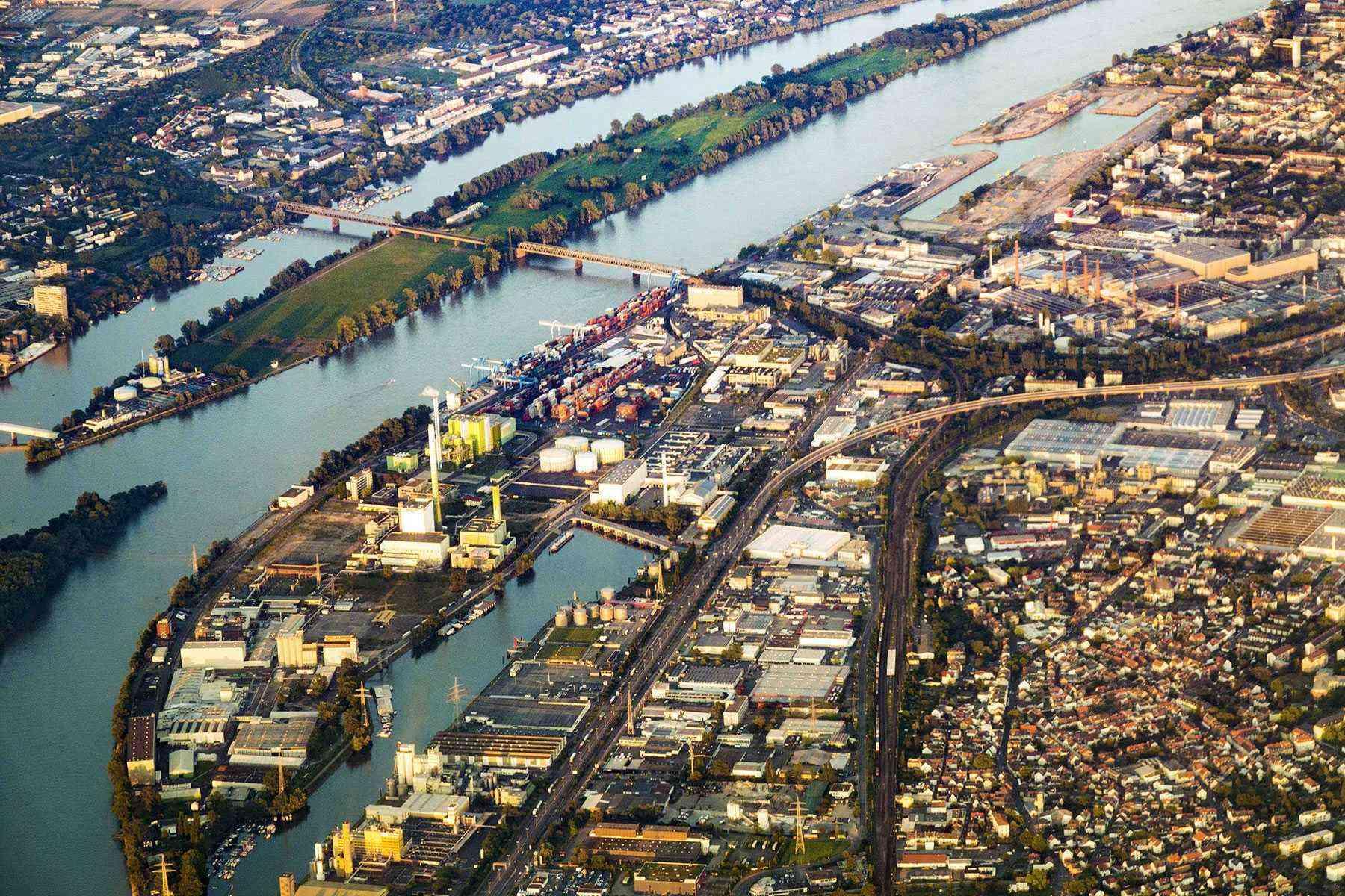 Rhine-River-Cruise-Mainz