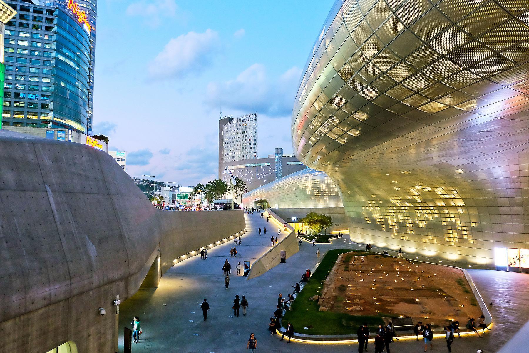 15 Unmissable Neighborhoods in Seoul – Fodors Travel Guide