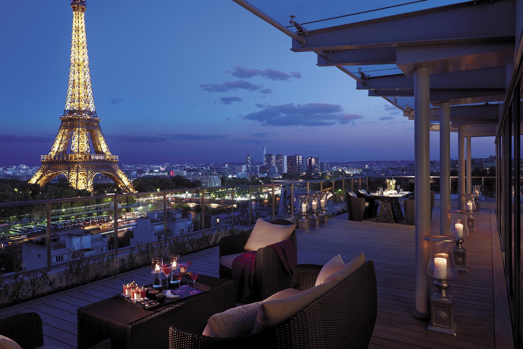 Romantic Hotels-Shangri-La Paris-2