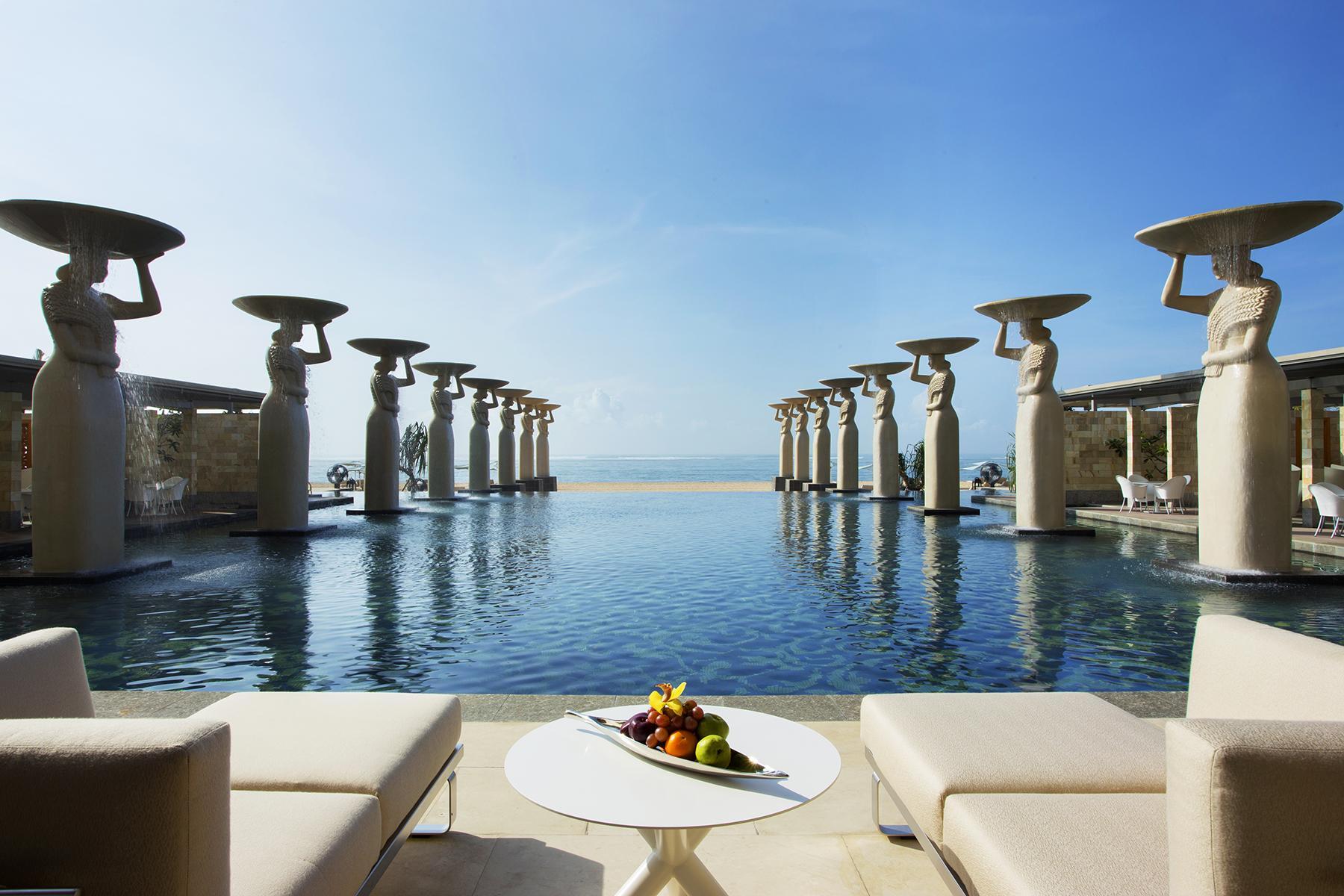 Romantic Hotels-The Mulia-2