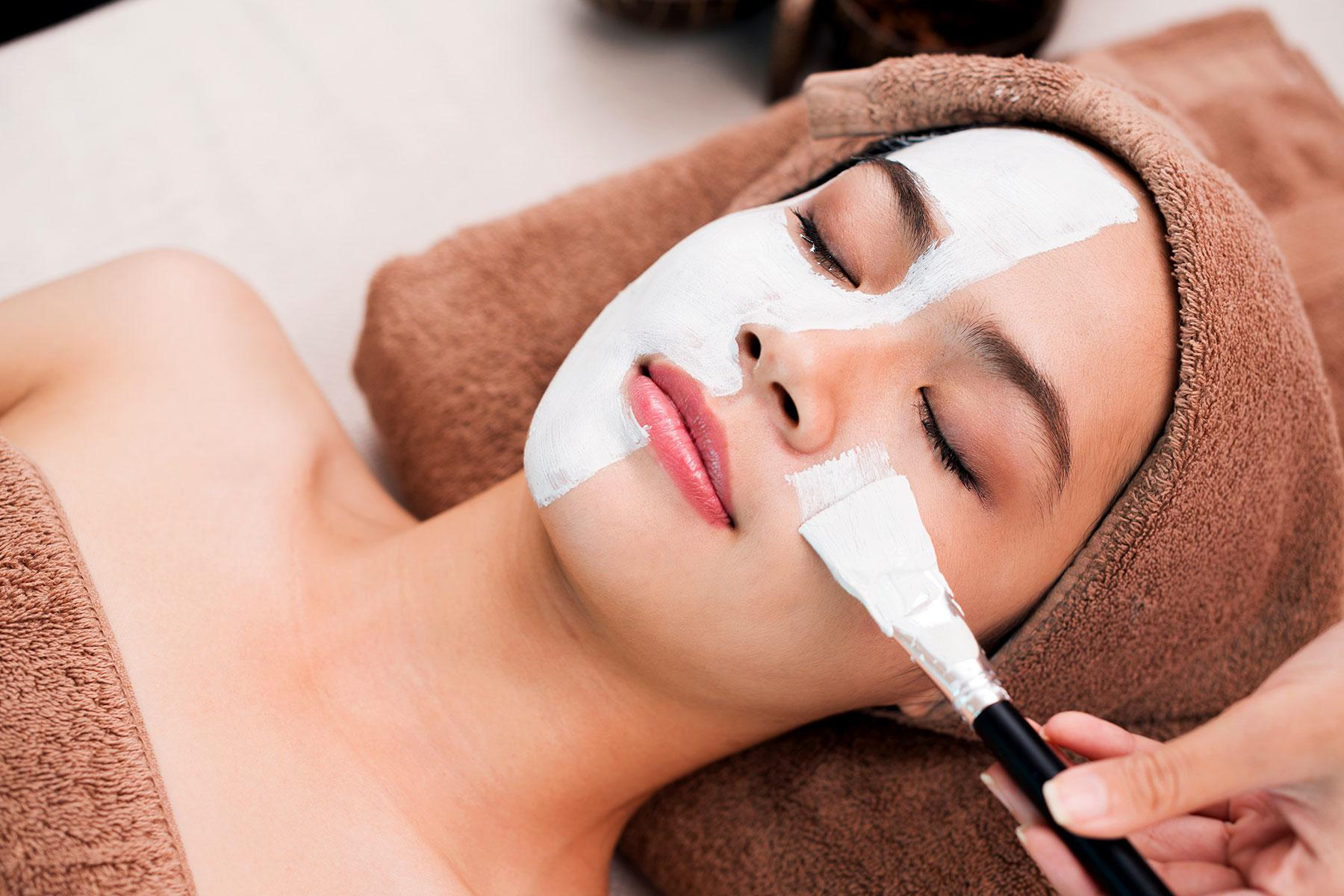 Bizarre-Spa-Geisha-Organic-Facial-1